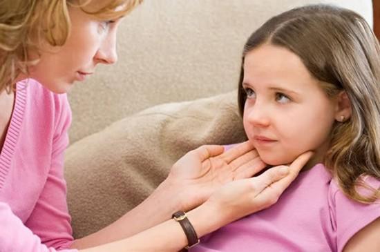 Пальпация лимфатических узлов у ребенка