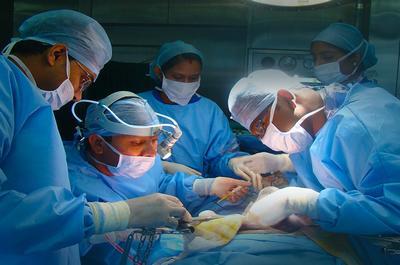 Ушивание ран печени у новорожденных