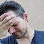 Болит голова в области лба: причины и диагностика